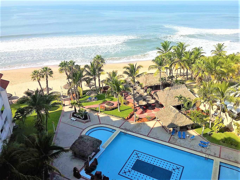 Condominio frente a la playa en Playa Cerritos – QUINTAS DEL MAR