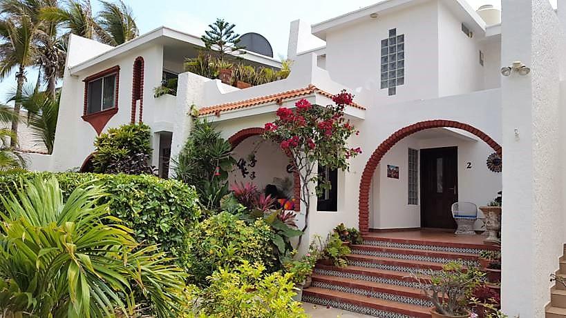 Casa frente a la Playa Cerritos en Mazatlán