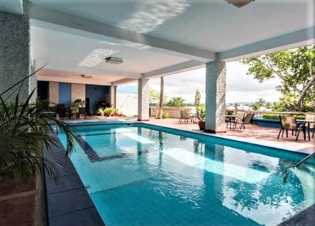 Apartment with Beautiful Views & a Pool – TIME-LIMITED HOT DEAL!