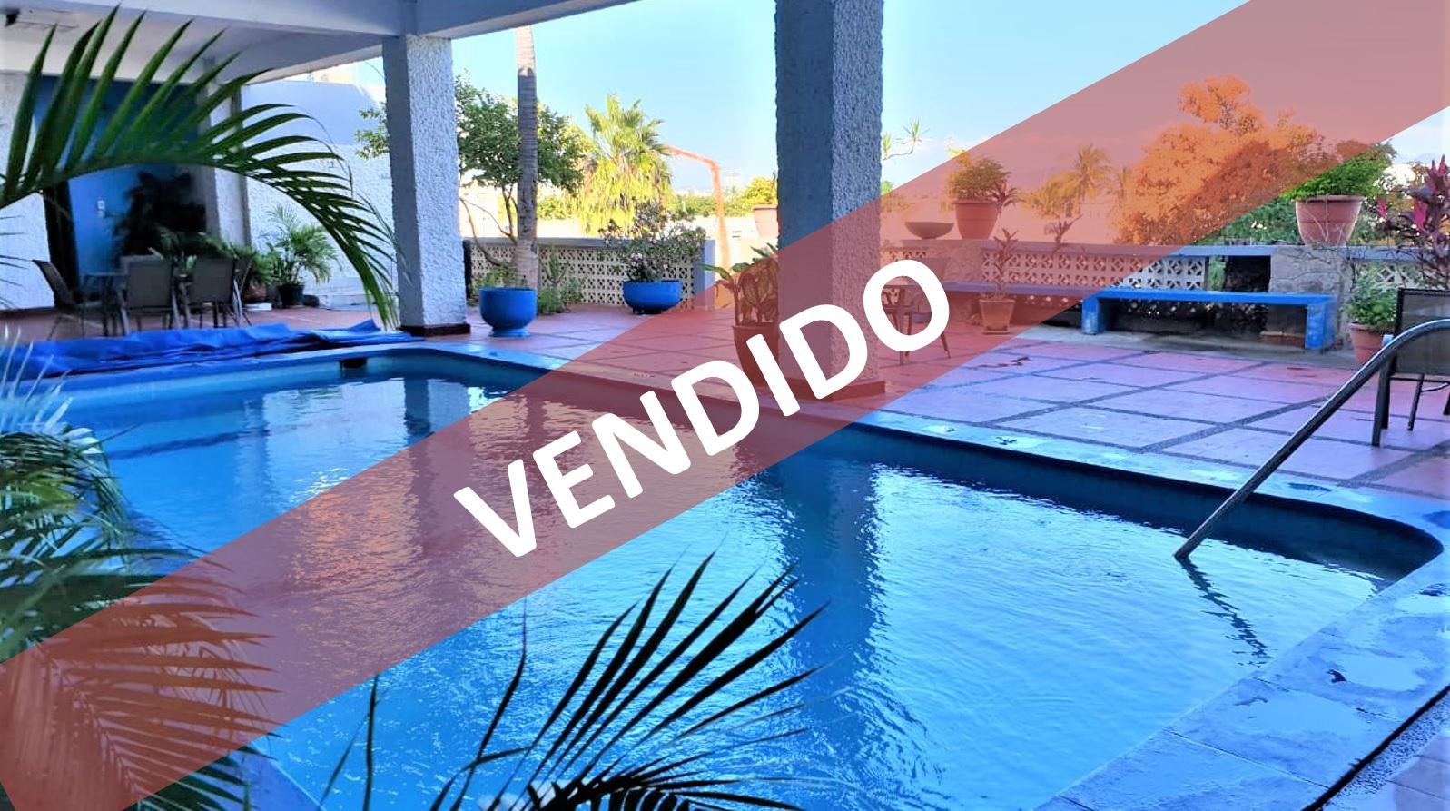 Departamento con hermosas vistas y alberca – SUPER REBAJA DE PRECIO POR TIEMPO LIMITADO $$$!