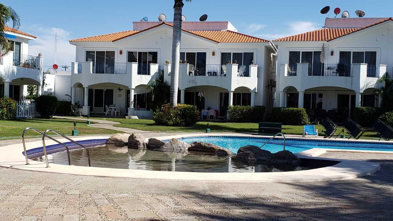 Condominio frente al campo de golf en El Cid – $2,000 USD DE DESCUENTO!
